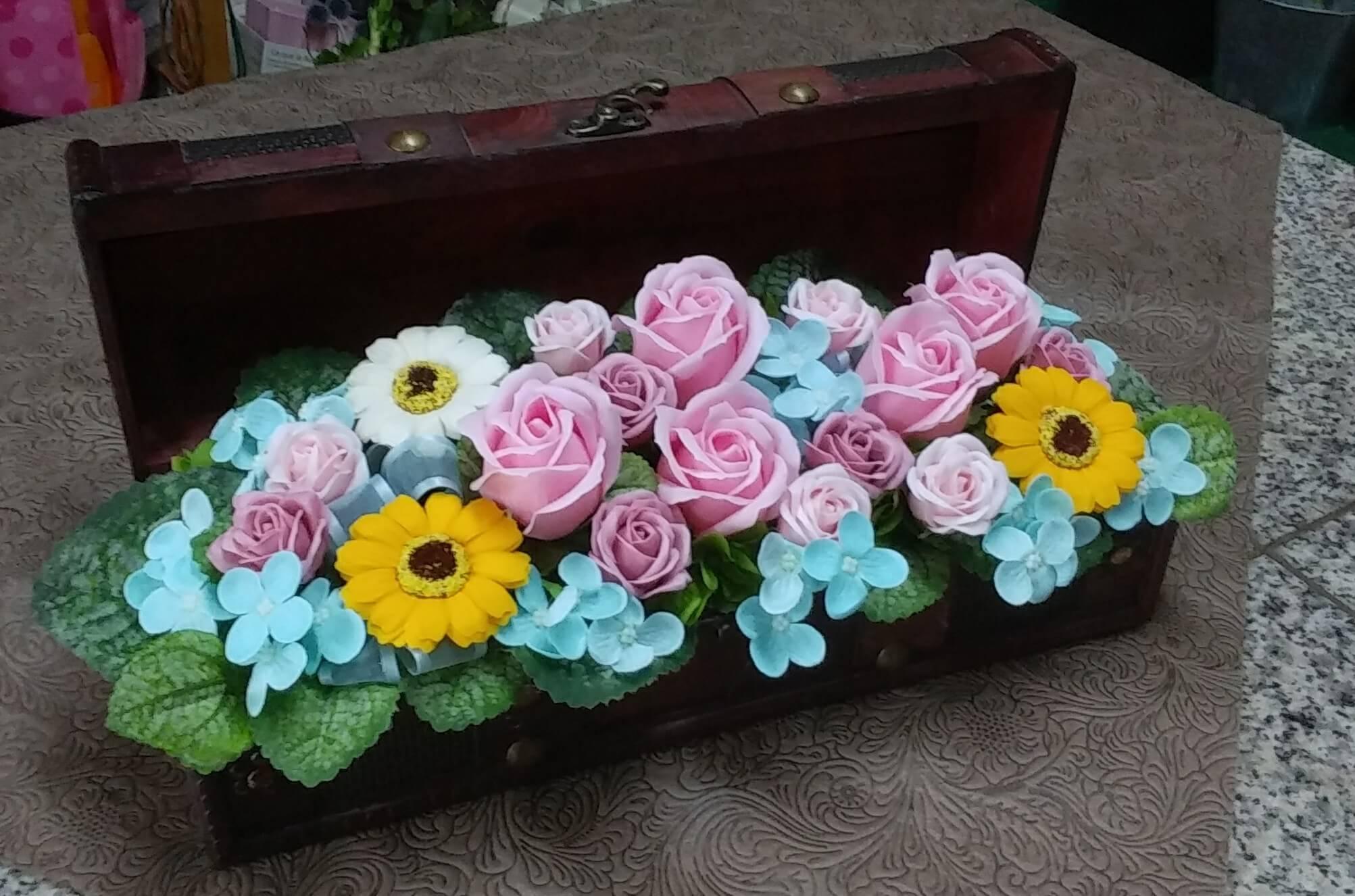 ソープフラワー(石鹸の花)のアレンジメント