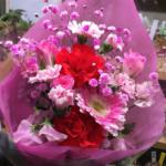赤とピンクの花束(2019年3月28日)