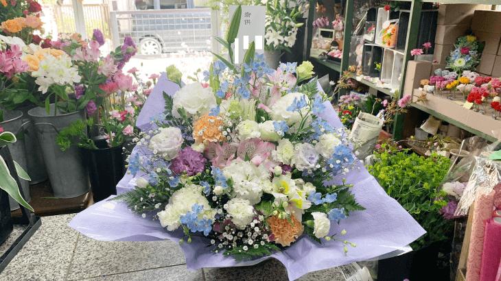 優しい色合いのお供えのお花