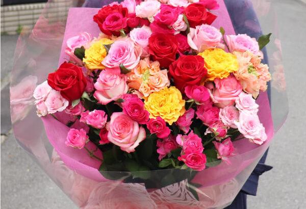 プロポーズの薔薇の花束