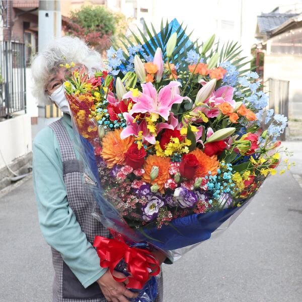 近畿大学の佐藤君のドラフト指名祝いのお花